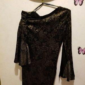 Laundry by Design Dresses - NWOT Designer dress Laundry size 2 black and gold